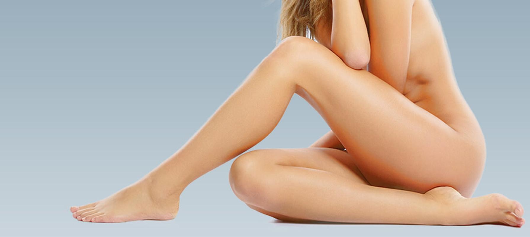 Liposuzione caviglie Arconate, il Dottor Raoul Novelli, annoverato tra i migliori chirurghi plastici