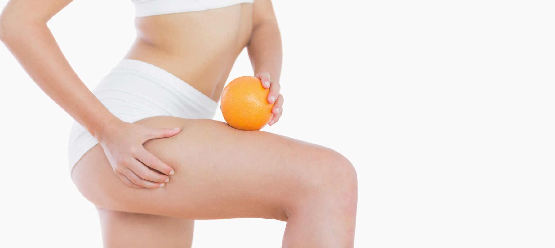 Liposuzione ginocchia Arconate, il Dottor Raoul Novelli, annoverato tra i migliori chirurghi plastici